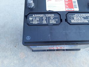 Car battery seminew condition for Sale in CTY OF CMMRCE, CA