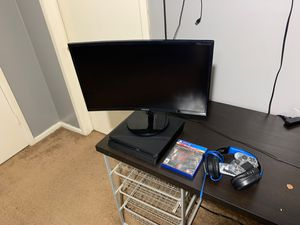 Ps4 slim and 19 inch curved monitor ( perfect condition) for Sale in Arlington, TX