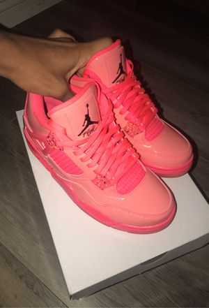 "Wmns Air Jordan 4 Retro NRG ""Hot Punch"" for Sale in Riverside, CA"
