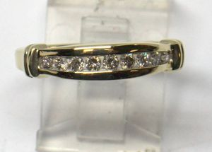 BEAUTIFULL 10K YELLOW GOLD DIAMOND BAND RING SIZE 7 for Sale in Redlands, CA
