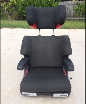 Clek Car seat/booster seat. for Sale in Honolulu, HI