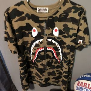 Bathing Ape Shirt Size Medium for Sale in Spokane, WA