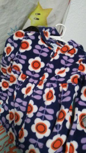 5T old Navy fleece sweater for Sale in Santa Maria, CA