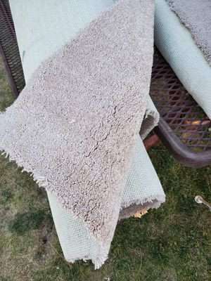 3 rolls used Carpet for Sale in Lakeside, AZ