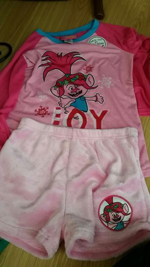 Trolls pajama set Medium kids for Sale in Miami, FL
