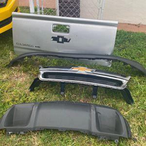 Parts for Chevy Colorado for Sale in Miami, FL