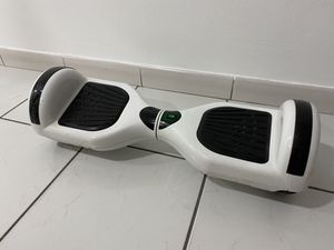 Hoverboard (White) for Sale in Hialeah, FL