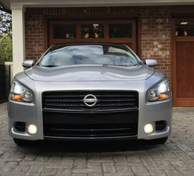 ?Gorgeous2009 Nissan Maxima Condition for Sale in Decatur,  IL