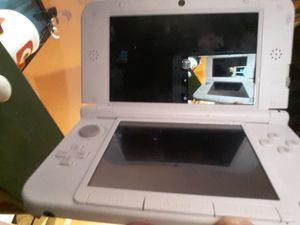 Nintendo 3DS XL W/2 games for Sale in Madison, IL