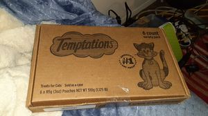 Temptations cat treats 6 count boxes six boxes for sale for Sale in Lincoln Acres, CA