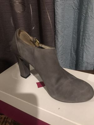 Naturalizer grey size 5 for Sale in Brawley, CA