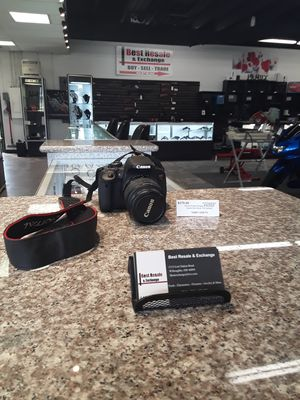 Canon EOS Rebel T4i Digital SLR camera for Sale in Willoughby, OH