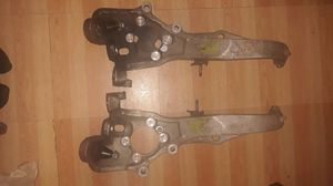 Infiniti G35x 2003-2005 Right and Left Steering Knuckle Spindle for Sale in Forest Heights, MD