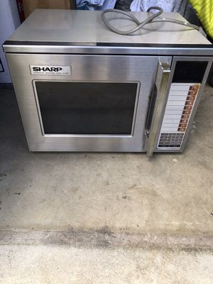 Sharp commercial microwave / works excellent / large commercial microwave for Sale in Stafford, VA