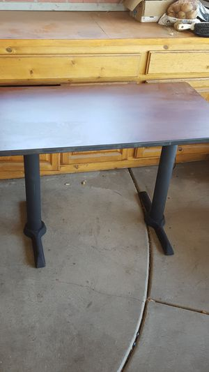 Table, restaurant quality for Sale in Menifee, CA