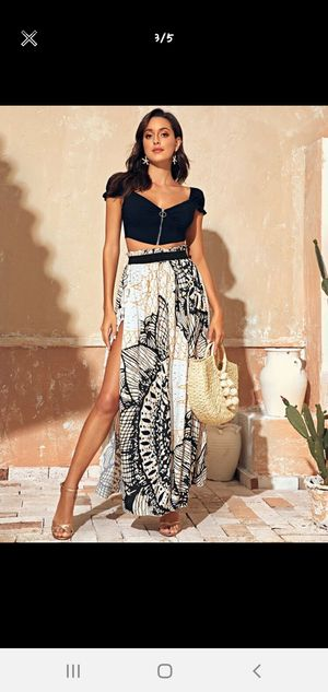 SHEIN Tribal Print Fringe Trim Split thigh paperbag skirt for Sale in Riverview, FL