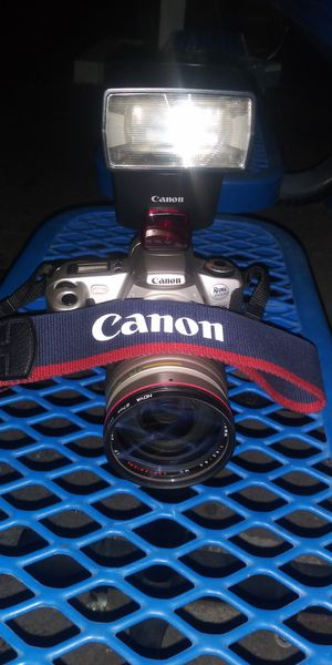 Canon Rebel 300 for Sale in Bakersfield, CA