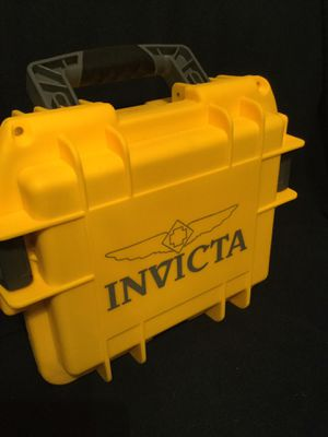 INVICTA 3 SLOT IMPACT RESISTANT WATCH CASE. for Sale in Evansville, IN