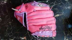 Pink baseball glove for Sale in Lake View Terrace, CA