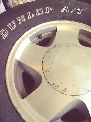 (4) 265 75 R16 tire and rims GMC for Sale in Lutz, FL