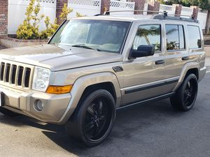 "06 Jeep Commander,  clean title, registered, smogged, 3rd row seat, low miles,  22""wheels,  touchscreen navigation system, please no lowball offers for Sale in Spring Valley, CA"