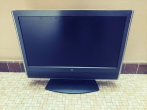 """Westinghouse 27"""" HDTV LCD Tv for Sale in New York, NY"""