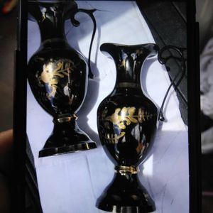 bronze vases the set of small vases for $ 49 and the one that is only medium $ 50 for Sale in Bellflower, CA