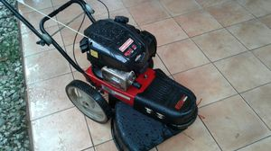 Briggs and stratton walk behind string Trimmer for Sale in Doral, FL
