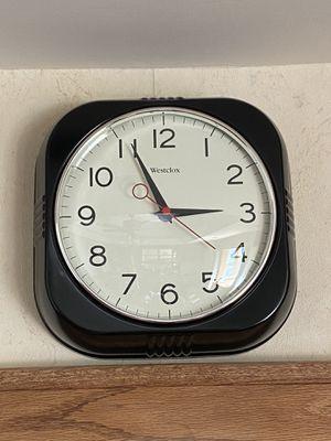 Modern wall clock for Sale in Washington, IL
