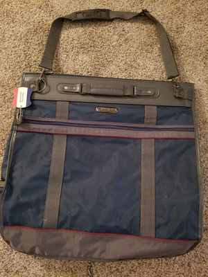 American Tourister Garment Bag Luggage for Sale in Kenneth City, FL