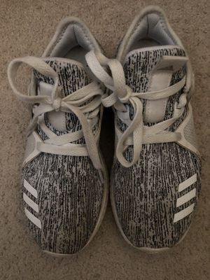 Adidas bounce size 6 for Sale in San Bernardino, CA