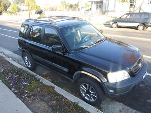 Honda CRV 2000 -FOR PARTS OR REPAIR for Sale in Corona, CA