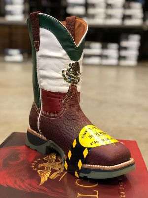 work boot bota de trabajo for Sale in Norcross, GA