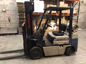 Forklift komatsu 5000 lbs for Sale in Doral, FL