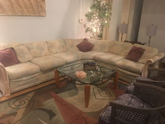 SECTIONAL COUCH for Sale in Ballwin,  MO