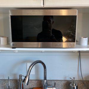 Algae smart inverter microwave for Sale in St. Petersburg, FL