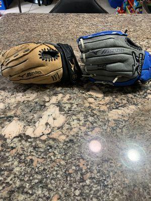 Kids baseball gloves new 10.5 in for Sale in Sunrise, FL