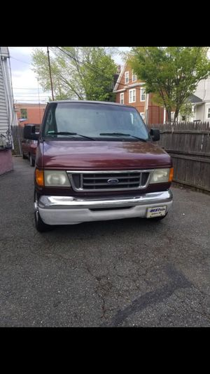Ford Econoline 350 Extended (No Tittle) for Sale in Stamford, CT
