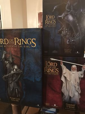 Lord of the Rings collectibles - exclusive polystone statues for Sale in Santa Clara, CA