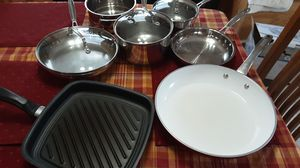 Cuisinart 8-piece pot and pant set plus a griddle and 12 inch fry pan for Sale in Grove City, OH