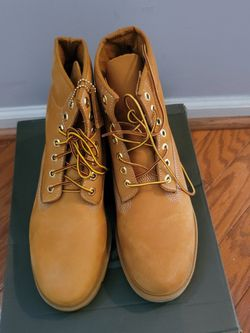 New Timberland Boots size 9. for Sale in Deptford Township,  NJ