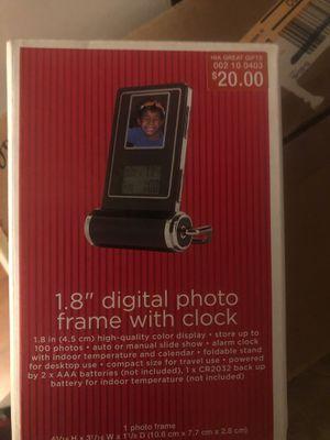 Digital photo frame for Sale in Deerfield Beach, FL