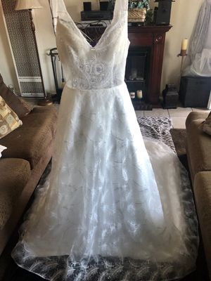 Brand new wedding dress for Sale in Long Beach, CA