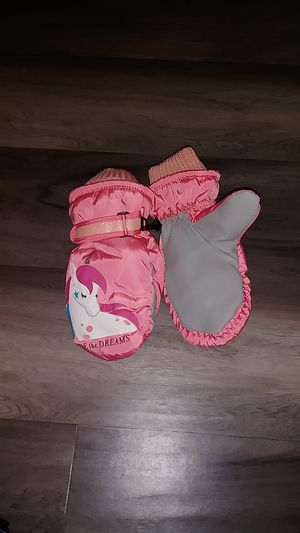 Ride the Dream pink unicorn mittens for Sale in North Las Vegas, NV