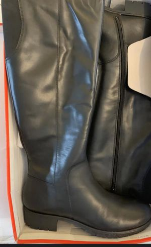 Women's boots brand new! Size 10 for Sale in Ridgefield, NJ