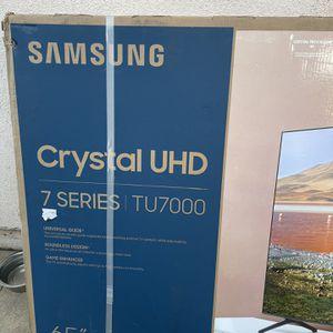 65 Inch Samsung Crystal UHD Smart TV for Sale in Glendora, CA