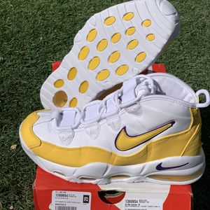 Nike Air Max Uptempo 95 Lakers White Amarillo Court Purple Men's Size 8 for Sale in Las Vegas, NV
