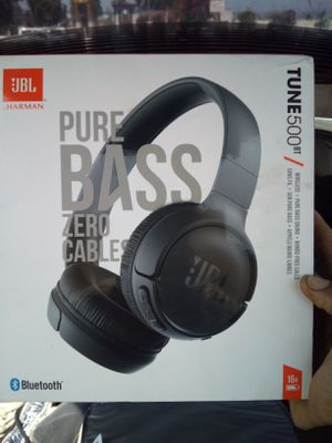 JBL Pure Bass Bluetooth headphones me I'm for Sale in El Cajon, CA