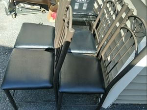 Set of 4 metal chair with leather seat good condition woonsocket RI for Sale in Woonsocket, RI