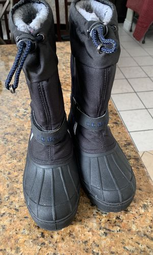 Snow or rain boots kids size 13c for Sale in Oakland, CA